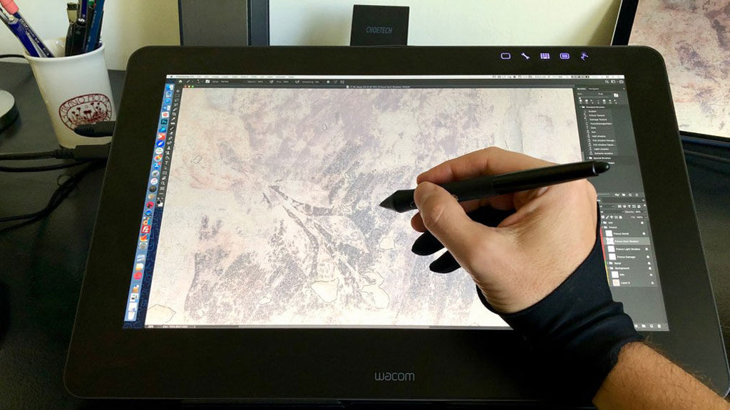 The most portable 4K drawing display one can have – Wacom