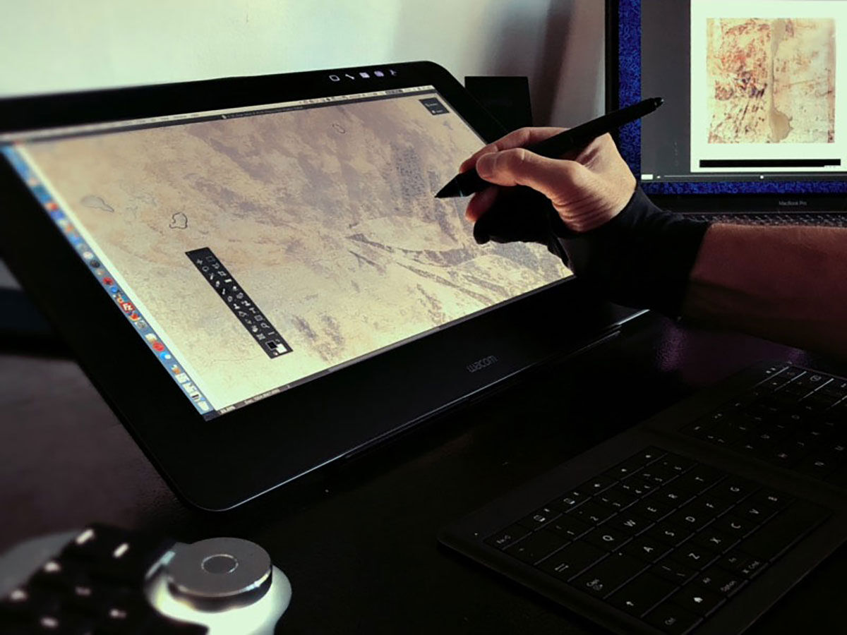 The most portable 4K drawing display one can have – Wacom Cintiq Pro