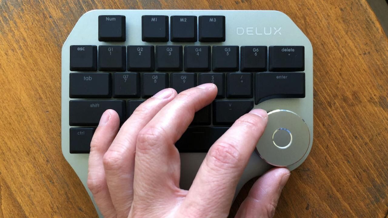 Where is the other half of my keyboard? - Delux T11 Designer Keypad review