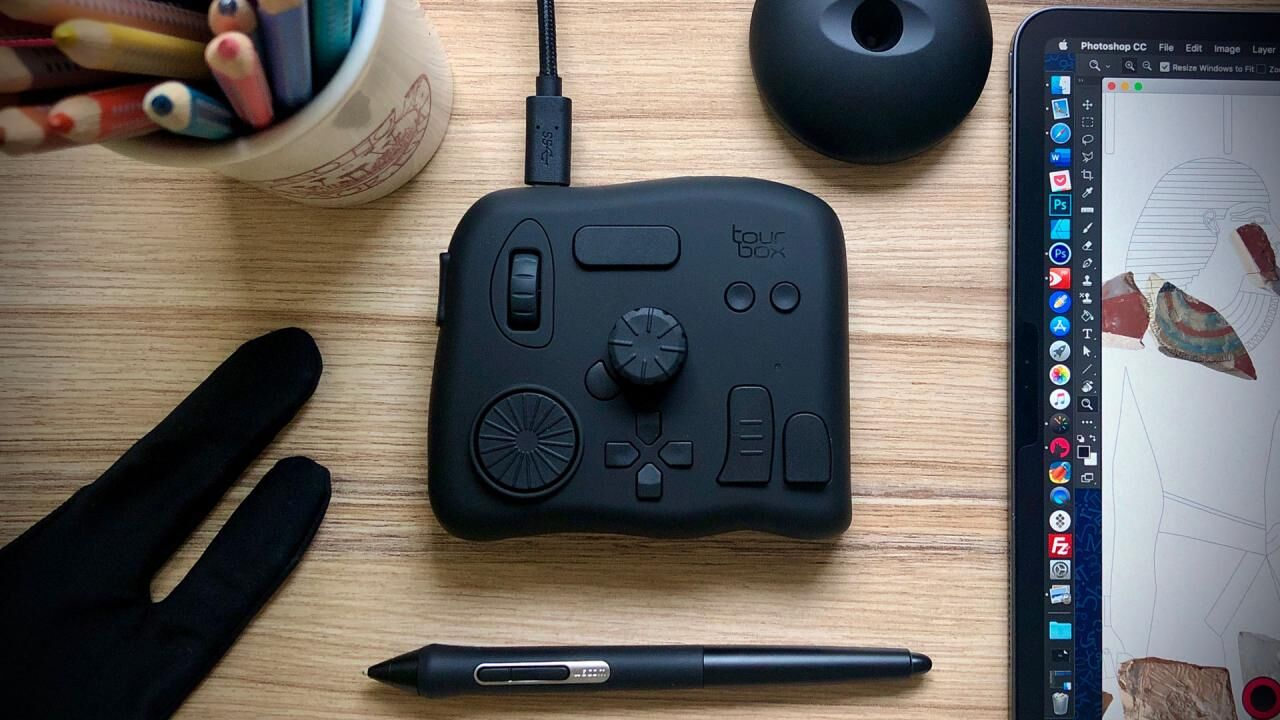 A capable Photoshop remote for shortcut champions - TourBox controller review