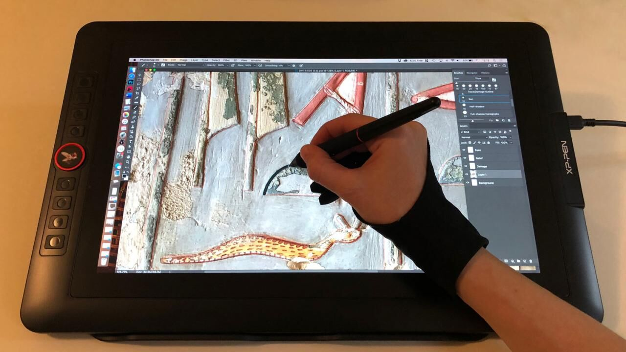 A budget friendly drawing display packed with features: XP-Pen Artist 15.6 Pro (Holiday Edition)