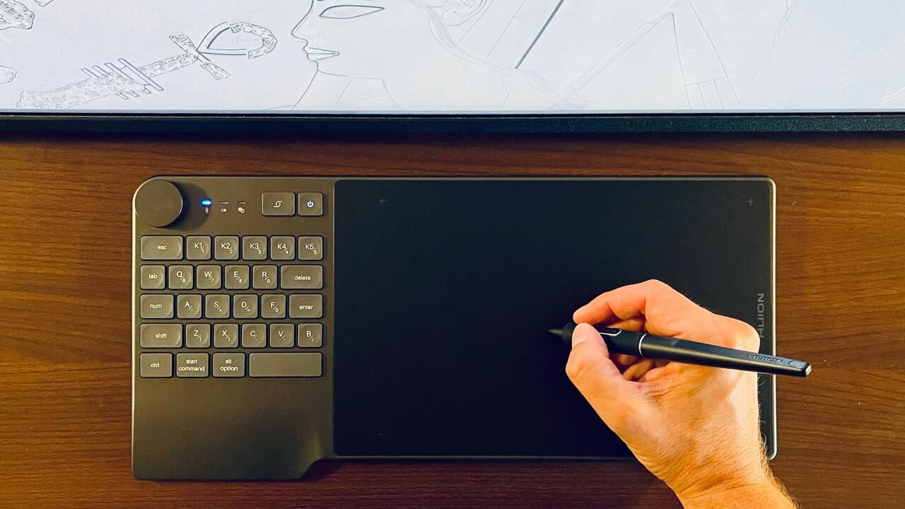 Huion's New Inspiroy KeyDial K200 is an Award-Winning All-in-one Solution for Digital Artists