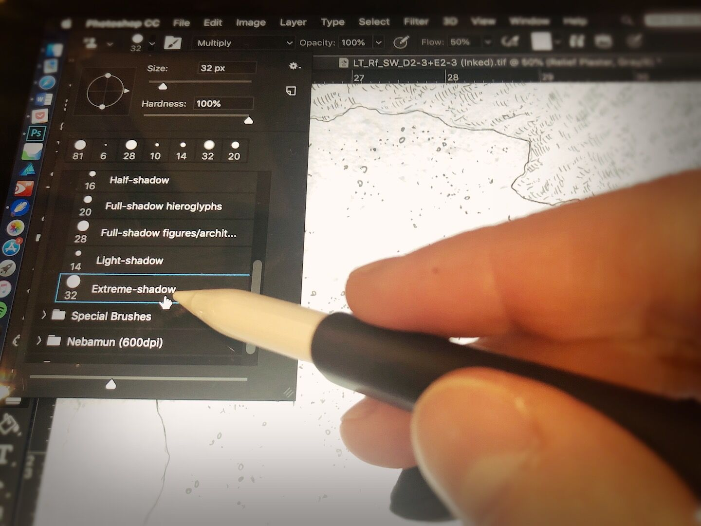 Applying digital plaster patterns when inking digitally